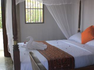 5 bedroom Guest House in the heart of Galle Fort
