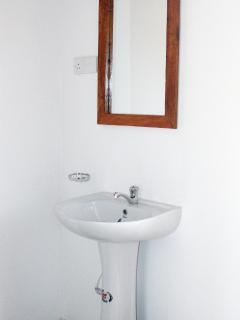 Suite Washbasin