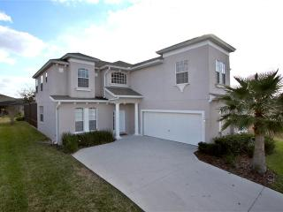 6 BEDROOMS,  SOUTH FACING POOL -25 MINs TO DISNEY, Haines City