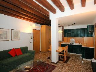 Charming Apartment San Marco Venice