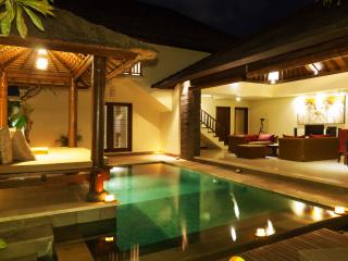 1 Bedroom Luxury Villa Berawa Beach Canggu