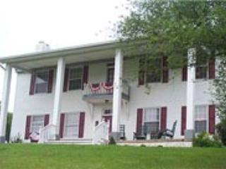Pinhook Plantation House Looks like 'Tara' in Gone with the Wind