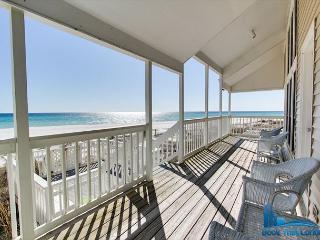 Sandy Toes-Gorgeous 3 Bedroom Beach Front Condo-Minutes to Pier Park!, Panama City Beach