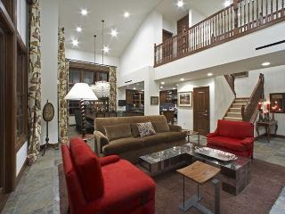 Luxury Penthouse in Beautiful Elkhorn Springs, Sun Valley