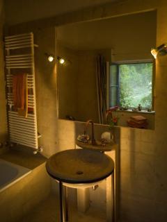 Apartment La Grapo at Countryhouse Villa La Rogaia Umbria,  bathroom