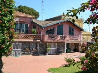 CR100bAcireale - Villa Guardia con giardino in Riviera dei limoni tra Etna e Taormina
