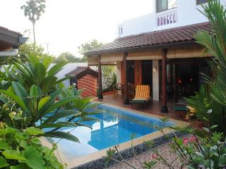 Tropical Oasis – Pool Suite House at Jimbaran, Kuta