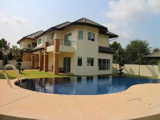 Villa Siam Country Club Pattaya, Sao Hai