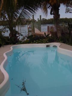 9 x 19 splash pool at 425