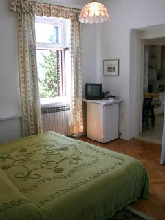 Homey studio apartment 4. in Villa Zora for 2 persons in Icici