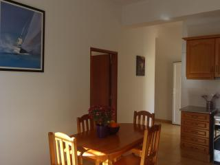 Nice 2 double bedroom Green Apartment 4 km beach, Almancil