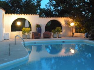 Le Coq qui Rit, ADULTS ONLY ,3 Bedroom Apartment