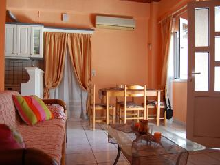 Comfortable 1-bedroom apartment close to beach, Asprovalta