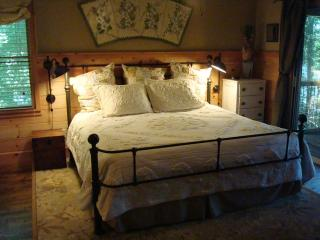 Master Bedroom with King Bed & Full Bath