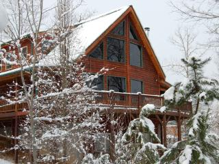 Rocky Mountain Style Lodge