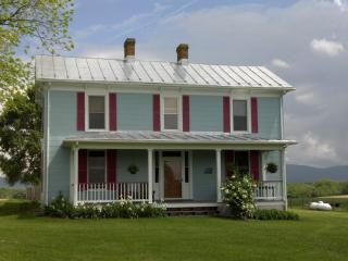 Shenandoah Valley Farmhouse, Waynesboro