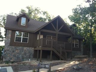 Branson West Cabin in Stonebridge Resort