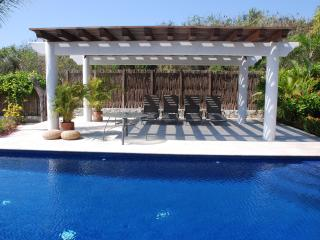 Casa Chulada-New Luxury Hacienda style Villa and A