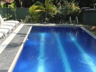HikkaVilla - Self Catering Holiday Villa with pool