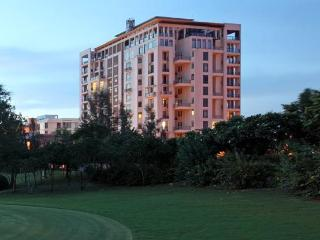 Château 702 - Golf Course View, Greater Noida