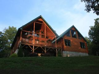 Beautiful Log Cabin in Franklin, NC