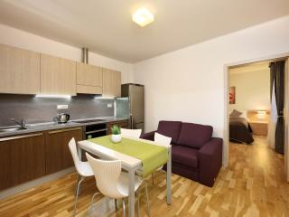 1-bedroom Apartment / Salvator Superior Apartments, Praga