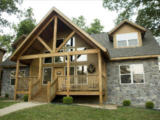 Luxury Lodge - 4 Master Stes, Branson
