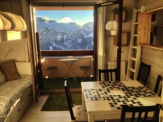 Beautiful flat -south balcony & view - Alpe d'Huez, L'Alpe d'Huez