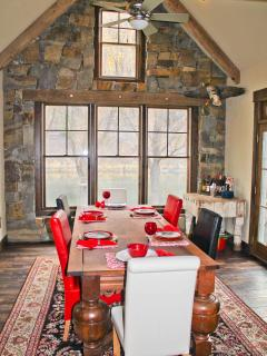 Flatwater Lodge - Dining Room