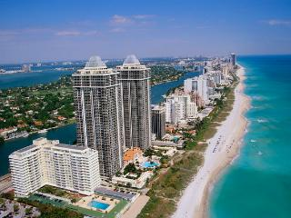 MIAMI  {1BR Condo}  Crescent Resort at South Beach, Miami