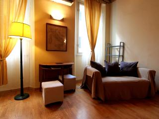Boboli Bohemian Apartment Rental in Florence