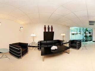 Elegant Oceanfront 2 BDR Executive Suite, Myrtle Beach