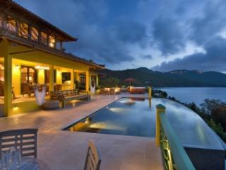 Fabulous 5 Bedroom Villa with Jacuzzi on Tortola, Guana Island