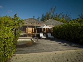 Spacious 1 Bedroom Villa with Private Sundeck & Plunge Pool in Parrot Cay