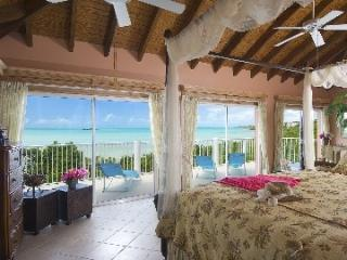 3 Bedroom Villa with Private Balcony in Providenciales
