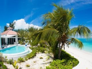 7 Bedroom Beachfront Villa in Grace Bay, Providenciales