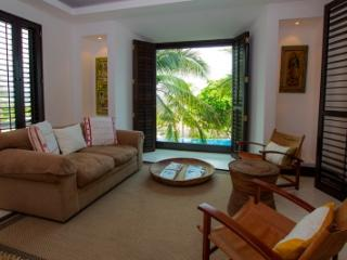 Exquisite 4 Bedroom Condo with Pool in Punta MIta, Punta de Mita