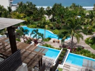 4 Bedroom Apartment with Ocean View in Punta Mita, Punta de Mita