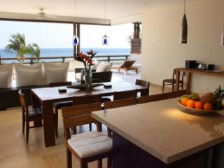 4 Bedroom Beachfront Apartment in Punta MIta, Punta de Mita