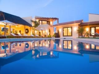 5 Bedroom Villa Overlooking the Pacific Ocean in Punta Mita, Punta de Mita