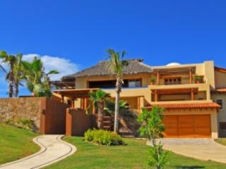6 Bedroom Villa with Private Patio & Pool in Punta Mita, Punta de Mita