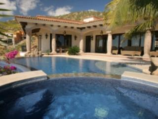 Lovely 5 Bedroom Villa with Private Swimming Pool & Spa in Cabo San Lucas