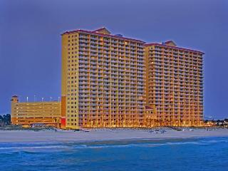 3 Bedroom Ocean Front Condo at Calypso Resort, Panama City Beach