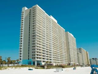 Oceanfront Studio in Majestic Beach Resort, Panama City Beach