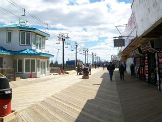 SEASIDE HEIGHTS * SUMMER RENTAL * OCEAN BLOCK