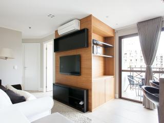 Modern 2 Bedroom Apartment in Vila Olimpia, São Paulo