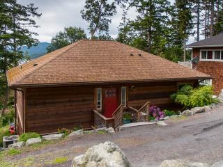 Beautiful Family-Friendly, Ocean View in Eastsound
