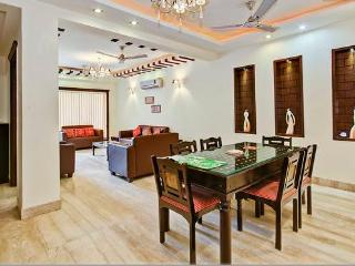 REDLEAF SERVICED APARTMENTS 3 BHK NEW APARTMENTS, Nueva Delhi