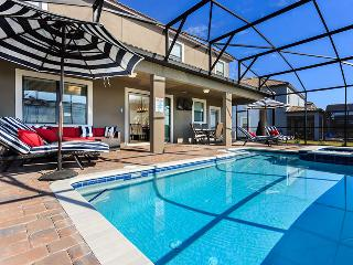 8BR Ultimate Luxury, South Facing Pool & Spa with Home Theatre. Close to Disney, Reunión
