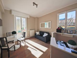 Pet Friendly Barbadori Apartment in Florence